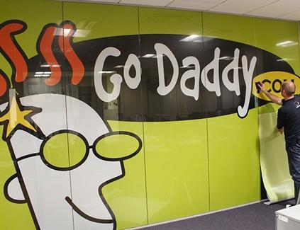 Go-daddy-contravision-oneway2