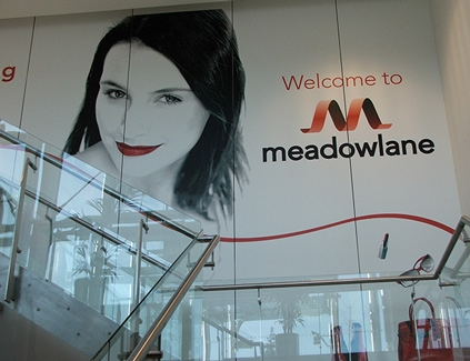 Meadowlane-self-adhesive-wall