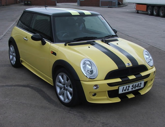 Mini-custom-car-graphics-1